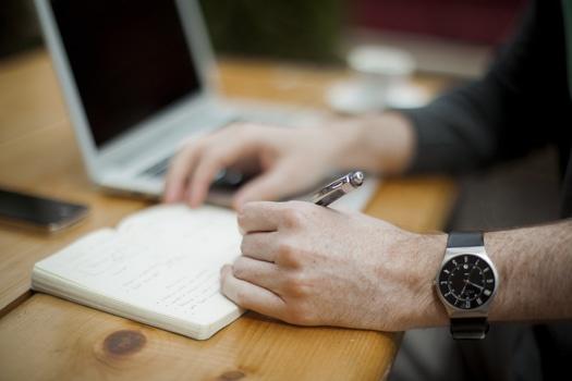 person-apple-laptop-notebook-medium